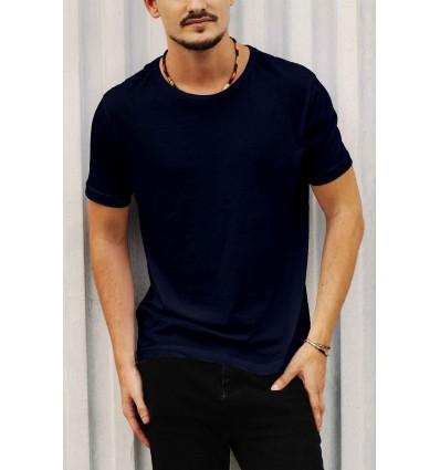 Тениска в тъмно синьо